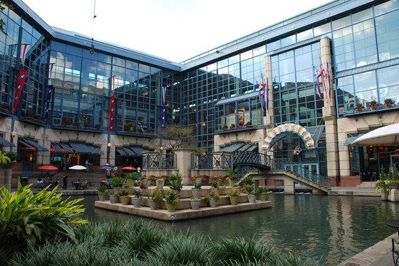Rivercenter Mall And Marriott Marek
