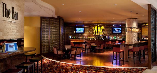 RiverCenter Marriott Bar